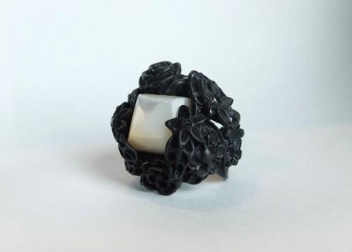 Black Bouquet Ring / Présenté par va-tout_BdT