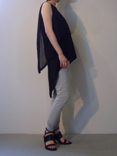 Knit top【sass&bide】Pants【bassike】Shoes【A.F.VANDEVORST】