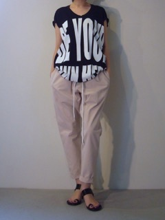 T-shirt【HAIDER ACKERMANN】Pants【bassike】