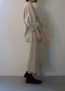 Knit top 【east by eastwest】 Knit skirt 【east by eastwest】 Shoes【ANN DEMEULEMEESTER】
