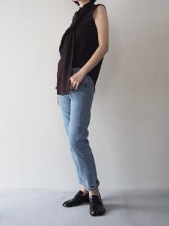 Shirt【HAIDER ACKERMANN】Jeans【bassike】